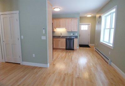 Hinesburg Condo/Townhouse For Sale: 72 Redbud Lane