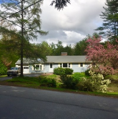 Bedford Single Family Home Active Under Contract: 7 Elk Drive