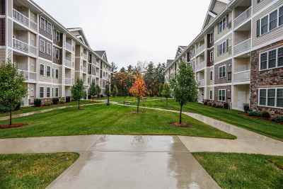 Salem Condo/Townhouse For Sale: 12 Braemoor Woods Road #210