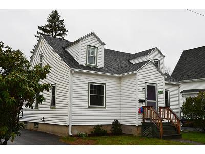 Exeter Single Family Home Active Under Contract: 38 Washington Street