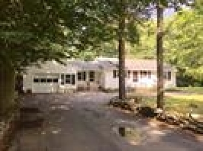 Eliot Single Family Home Active Under Contract: 9 Pinecrest Drive