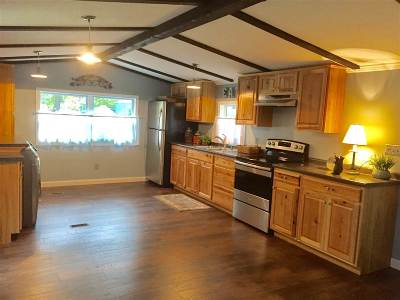Somersworth Single Family Home For Sale: 56 Crystal Springs