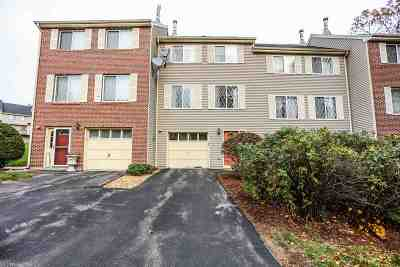 Merrimack Condo/Townhouse For Sale: 5 Lynn Drive #5