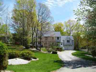 Salem Single Family Home For Sale: 7 Bounty Court