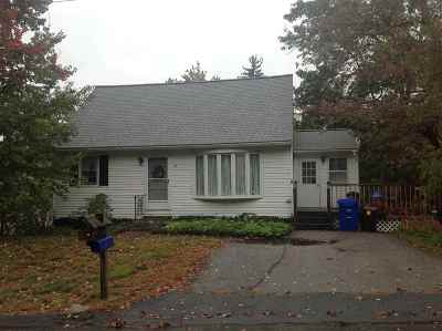 Manchester Single Family Home For Sale: 16 Circuit Street
