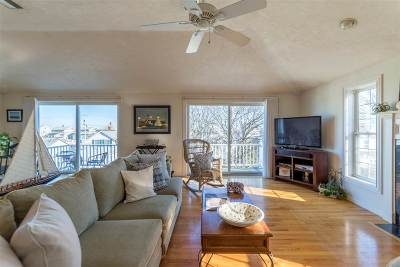 Hampton Single Family Home Active Under Contract: 28 Pearl Street