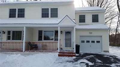 South Burlington Condo/Townhouse For Sale: 117 Oakwood Drive
