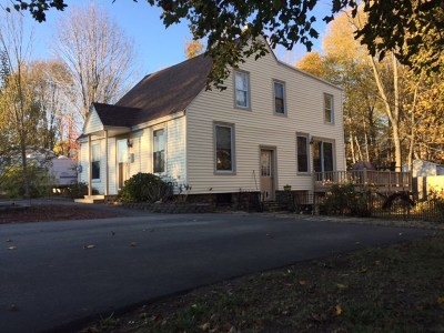 Rochester Single Family Home For Sale: 12 Sleeper St