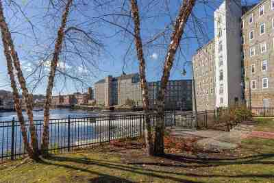 Newmarket Condo/Townhouse Active Under Contract: 6 Bay Road #8