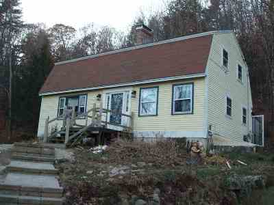 Alexandria Single Family Home Active Under Contract: 462 King Road