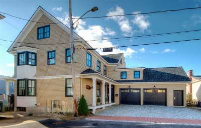 Portsmouth Single Family Home For Sale: 46 Mark Street