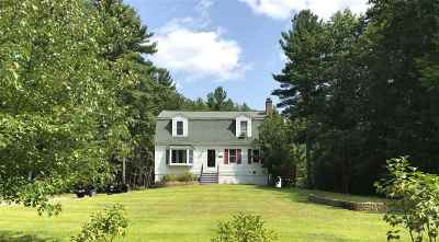 Londonderry Single Family Home Active Under Contract: 17 Fairway Rd Extension