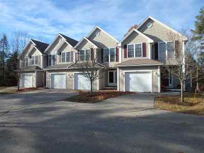 Newmarket Condo/Townhouse For Sale: 22 Lilac Lane