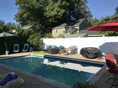 Manchester Single Family Home For Sale: 68 Mirror Street