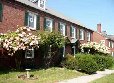 Manchester Condo/Townhouse For Sale: 71 Middle Street #R-6