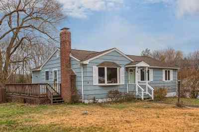 Pelham Single Family Home For Sale: 72 Jericho Road