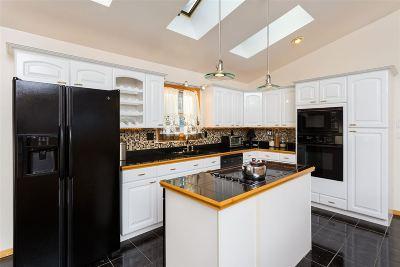 Barrington Single Family Home For Sale: 13 Colcord Road