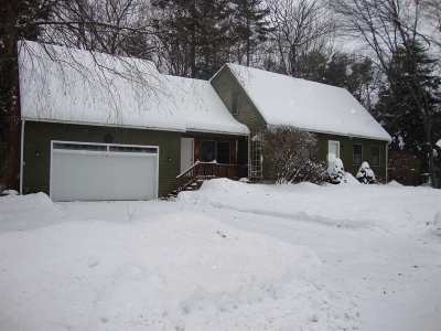 Concord NH Single Family Home For Sale: $275,000