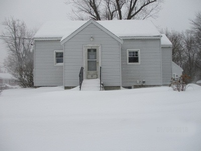 Manchester Single Family Home Active Under Contract: 92 McQuesten Street