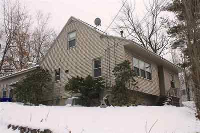 Manchester Single Family Home For Sale: 495 Calef Road