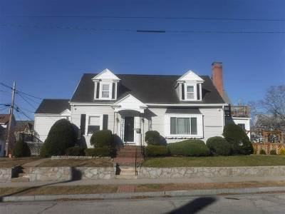 Manchester Single Family Home For Sale: 134 Brook Street