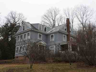 Concord NH Single Family Home For Sale: $520,000