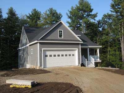 Strafford County Single Family Home Active Under Contract: 28 Red Barn Drive