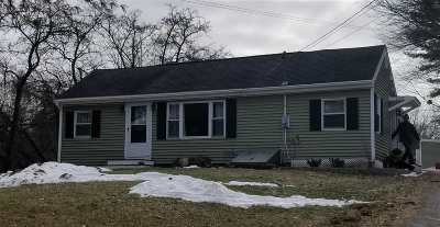 Strafford County Single Family Home For Sale: 101 Dover Point Road