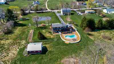 Dover Single Family Home For Sale: 120 County Farm Cross Road