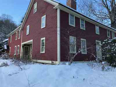 Concord NH Single Family Home For Sale: $299,900