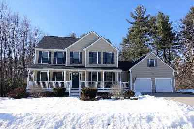 Somersworth Single Family Home For Sale: 14 Chadwick Lane