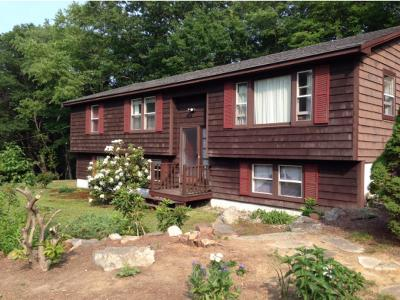 Brentwood Single Family Home For Sale: 415 Route 125 Highway