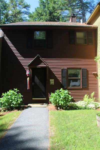 Hartford Condo/Townhouse For Sale: 976 Hard Road #2