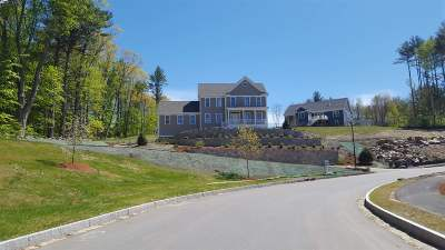Manchester Single Family Home For Sale: 18 Scenic Drive #2X