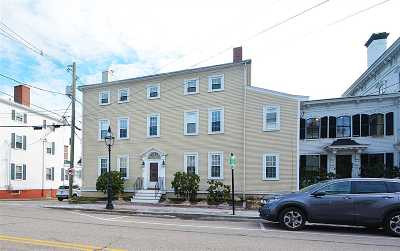 Portsmouth Condo/Townhouse For Sale: 98 Court Street #6