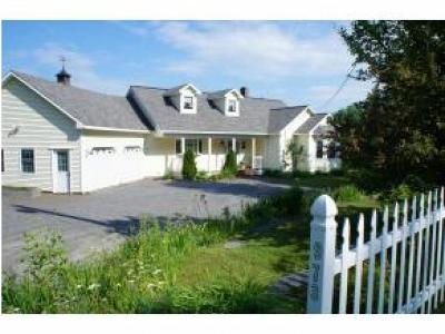 Kirby Single Family Home Active Under Contract: 973 Ridge Road