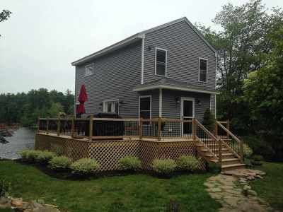 Strafford County Single Family Home For Sale: 100 Small Road