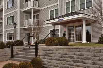 Exeter Condo/Townhouse For Sale: 6 Sterling Hill Lane Lane #617
