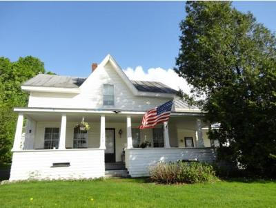 Berkshire, Montgomery, Richford Single Family Home For Sale: 202 Province Street