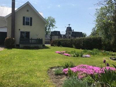 Enosburg Single Family Home For Sale: 40 Pearl Street