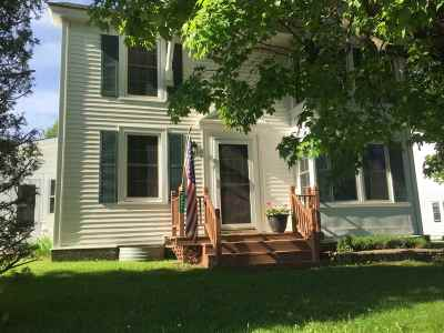 Cambridge Single Family Home For Sale: 221 South Main Street