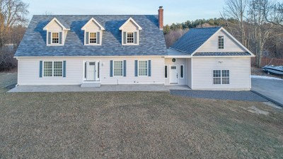 Windham Single Family Home Active Under Contract: 110 North Lowell Road