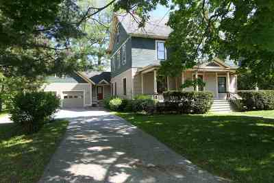 Franklin County Single Family Home For Sale: 7 Barlow Street