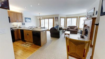 Orleans County Condo/Townhouse For Sale: 428 Queens Road