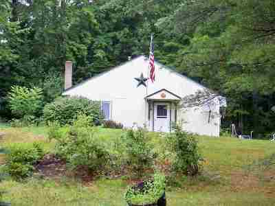 Grafton Single Family Home For Sale: 9 Cherry Hill Road