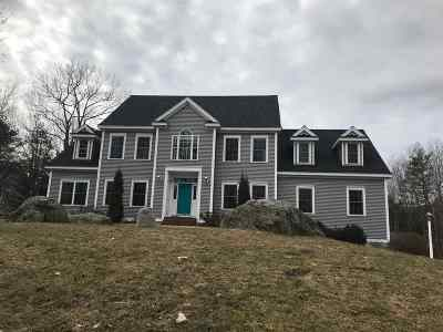 Exeter Single Family Home For Sale: 3 Stone Ridge Lane