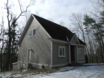 Strafford County Single Family Home For Sale: 13 High Ridge Drive