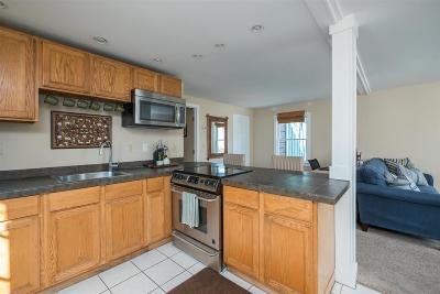 Newmarket Condo/Townhouse For Sale: 177 Main Street #3