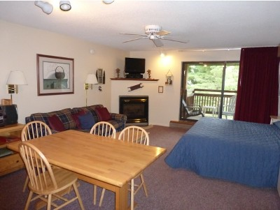 Cambridge Condo/Townhouse For Sale: 58 Liftside 58 At Smugglers Notch Resort #58