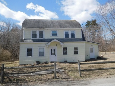 Haverhill Single Family Home For Sale: 18 Pine Mill Road